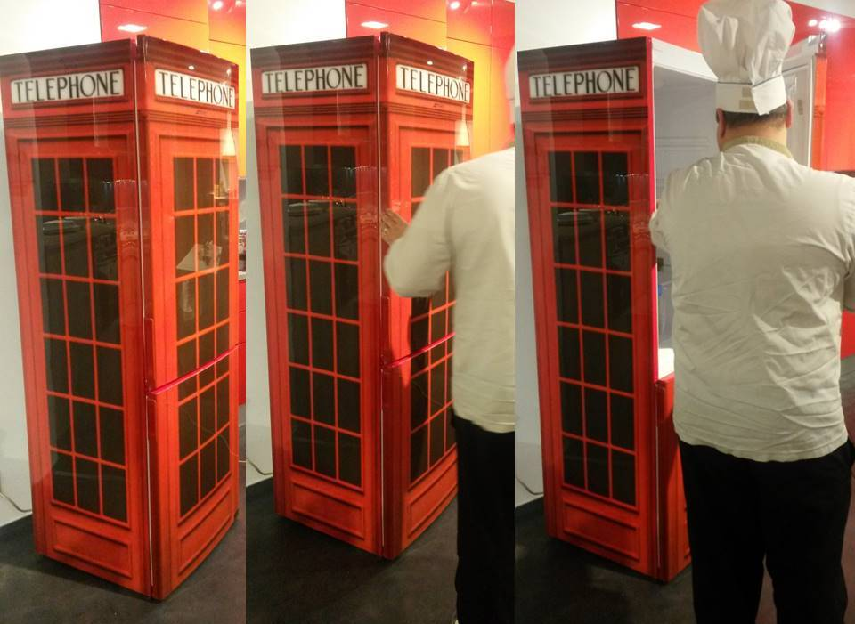 Frigorifero smeg cabina telefonica